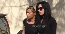 Καταβεβλημένη η μητέρα της Δώρας μιλάει για το παιδί της (βίντεο)