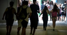 Θρίλερ στο Αγρίνιο με τη ναφθαλίνη: Μαθητές στο νοσοκομείο με δηλητηρίαση