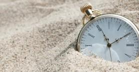 Η Κομισιόν εξετάζει την κατάργηση της θερινής ώρας