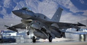 Παγώνει λόγω Ντόρας τη διαδικασία των F16 ο Καμμένος
