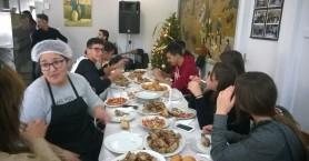Γεύμα αγάπης για τους τροφίμους του Αννουσάκειου από μαθητές ΕΠΑΛ