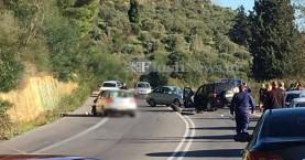 Σφοδρή σύγκρουση δύο αυτοκινήτων στην εθνική οδό Χανίων - Ρεθύμνου (φωτο)