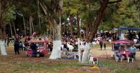 Χανιά: Κοσμοσυρροή σε Δημοτική Αγορά και Αγ. Αποστόλους για τα Κούλουμα
