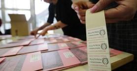 Οι Ιταλοί ψηφίζουν για 618 βουλευτές και 309 γερουσιαστές