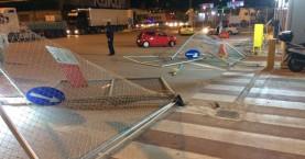 Πειραιάς: Έκοψαν με τροχούς την περίφραξη στις πύλες των πλοίων για Κρήτη