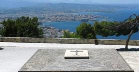 Πολιτικό μνημόσυνο των Βενιζέλων παρουσία του Γάλλου πρέσβεως