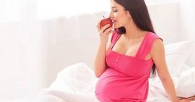 Οι γυναίκες που γεννούν μετά τα 30 ζουν περισσότερο