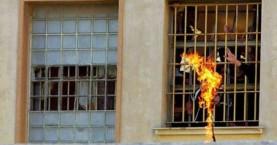 Αιματοβαμμένη εξέγερση σε φυλακές της Βενεζουέλας
