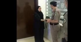 Σαουδική Αραβία: Αυτή είναι η πρώτη γυναίκα που παρέλαβε δίπλωμα οδήγησης