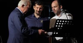 Ο Βασίλης Λαμπρινός τίμησε την Φιλαρμονική για τα 70 χρόνια προσφοράς της