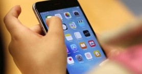 Τι «παίζει» με την τριπλή κάμερα στα νέα iPhones