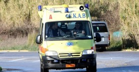 Γυναίκα παρασύρθηκε από δυο αυτοκίνητα και διαμελίστηκε