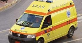 Χτύπησε μηχανάκι και εγκατέλειψε τον τραυματισμένο οδηγό