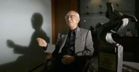 Πέθανε ο Ρέιμοντ Τσόου: Κινηματογραφικός παραγωγός και μέντορας του Μπρους