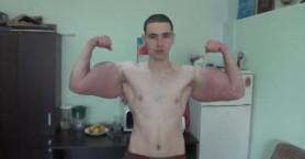 Bodybuilder παραμορφώθηκε από ενέσεις αναβολικών για να μοιάσει στον Ποπάυ