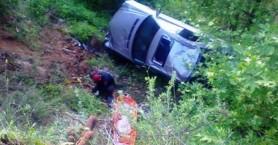 Αυτοκίνητο ανετράπη στην Σητεία - Εγκλωβίστηκε η οδηγός