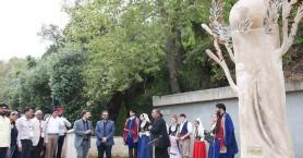 Πάνω από 100 άτομα ήρθαν από το εξωτερικό για να τιμήσουν τα θύματα τροχαίων (φωτο)