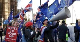 Οι Εργατικοί ζητούν από τη Βρετανία να εμποδίσει την έκδοση Ασάνζ στις ΗΠΑ