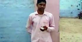 Ινδός ψηφοφόρος έκοψε το δάχτυλό του επειδή ψήφισε λάθος κόμμα (βίντεο)