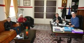 Η αποκατάσταση των ζημιών στην Κίσσαμο σε συνάντηση Γ. Μυλωνάκη με Απ. Βουλγαράκη