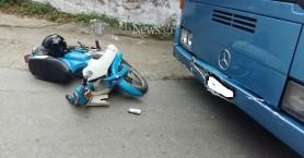 Λεωφορείο συγκρούστηκε με μηχανή στα Χανιά (φωτο)