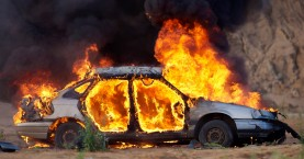 Αυτοκίνητα στο Ηράκλειο έγιναν παρανάλωμα του πυρός