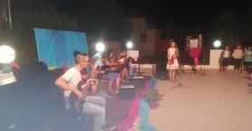 Δώρισαν μουσικά όργανα στο Τσατσαρωνάκειο Πολύκεντρο στην Κίσσαμο