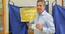 Άσκησε το εκλογικό του δικαίωμα ο Πέτρος Ινιωτάκης