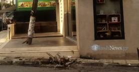 Αυτοκίνητο ξήλωσε στύλο της ΔΕΗ στην Λ. Ικάρου – Ένας τραυματίας (φωτο)