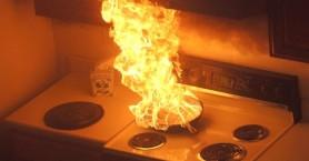 Γκαζάκι εξερράγη όταν κουζίνα τυλίχτηκε στις φλόγες!