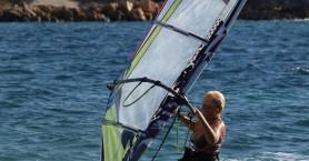 Μία 81χρονη από την Κεφαλονιά «δαμάζει« τις θάλασσες και πάει για ρεκόρ Γκίνες