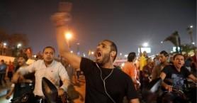Μετά τις διαδηλώσεις εναντίον του Σίσι,δυνάμεις ασφαλείας αναπτύχθηκαν στην πλατεία Ταχρίρ