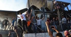 Φωτιά στη Μόρια: Δύο νεκροί – Εκρηκτική η κατάσταση