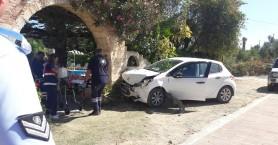 Τροχαίο ατύχημα με δύο τραυματίες στα Χανιά (φωτο)