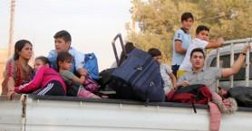 Εκκενώνεται καταυλισμός με πάνω από 7.000 εκτοπισμένους Σύρους μετά τον βομβαρδισμό του
