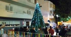 Η Χαλέπα έβαλε τα γιορτινά της στη φωτοδότηση του Χριστουγεννιάτικου δέντρου (Φώτο-Βίντεο)