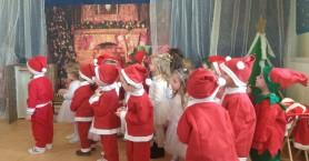 Εορταστικές γιορτές Παιδικών Σταθμών Βουκολιών και Σκινέ (φωτο)