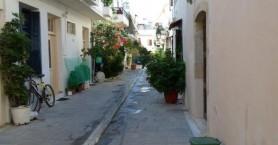 Διανομή μικρών οικιακών κάδων απορριμμάτων από τον Δήμο Ρεθύμνης