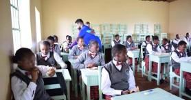 Μαθήτριες στην Κένυα τραγουδούν κρητικές μαντινάδες (βιντεο)