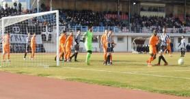 Στο 0-0 με Ιωνικό ο ΟΦΙ