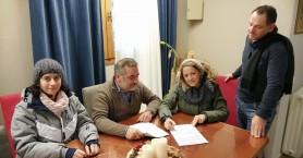Έπεσαν οι υπογραφές για το «Βοήθεια στο Σπίτι» στο Οροπέδιο Λασιθίου
