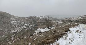 Χιόνισε και στο Θέρισο (φωτο+βιντεο)