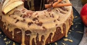 Κέικ με μήλο και επικάλυψη καραμέλας