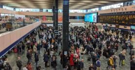 Επίθεση με μαχαίρι σε σταθμό μετρό του Λονδίνου