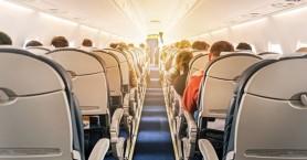 Γιατί δεν πρέπει να βγάζετε τα παπούτσια σας στο αεροπλάνο