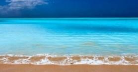 Οι μισές παραλίες με άμμο στην Ελλάδα κινδυνεύουν με εξαφάνιση έως το 2100