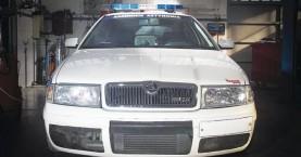 Βελτιωμένο περιπολικό 500 ίππων από τα χέρια Έλληνα αστυνομικού!