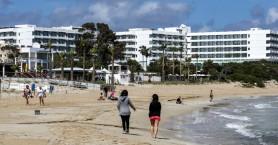 Πρωτόκολλο τουρισμού στην Κύπρο: Με αυτούς τους όρους θα γίνονται δεκτοί τουρίστες