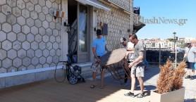 Βγήκαν τα τραπεζοκαθίσματα στα Χανιά - Ετοιμάζονται τα καφέ και τα εστιατόρια (φωτο-video)