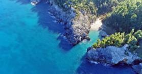 Μια παραλία έκπληξη στην Εύβοια